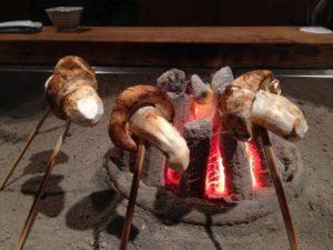 囲炉裏と松茸(英語で説明)