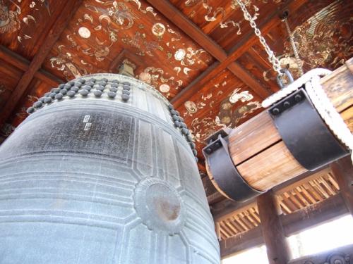 鐘楼(しょうろう・お寺の鐘)