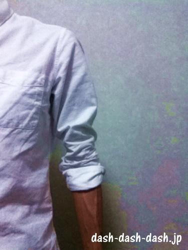 長袖シャツ 腕まくり