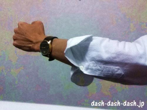 長袖シャツ 腕まくり02