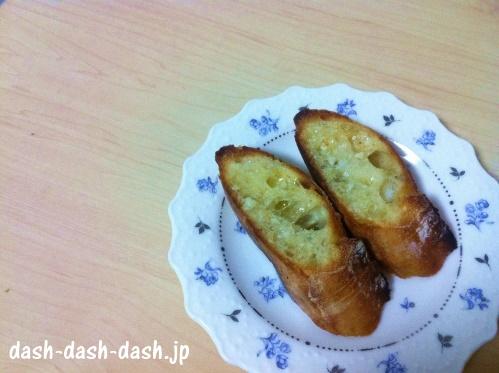 バゲット(フランスパン)で作る簡単ガーリックトースト