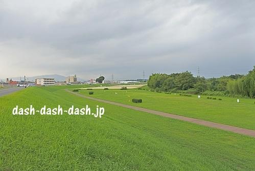 川端公園(北側を向いて撮影)