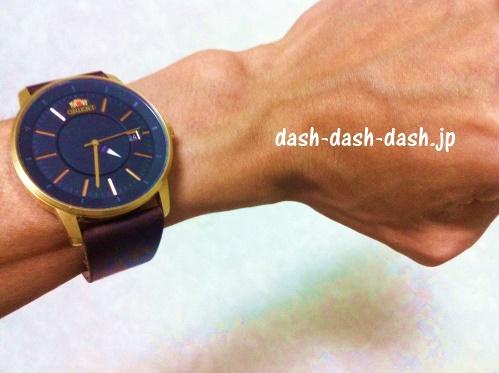 皮革用接着剤(100均)で直した腕時計