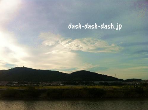 田原祭り花火大会の定番スポット・汐川沿いからの眺め