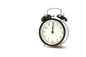 目覚まし時計(置き時計)