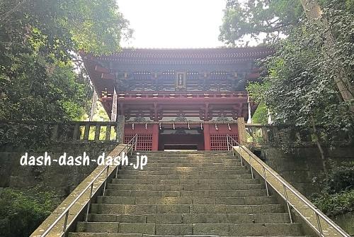 久能山東照宮の楼門01