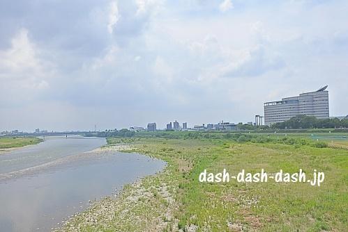 長良橋から見た打ち上げ場所