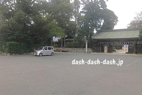 表神門前駐車場(砥鹿神社里宮)