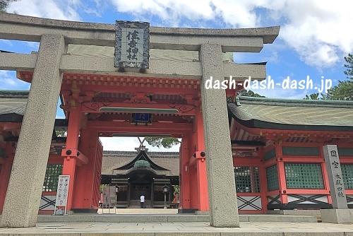 住吉大社神門前の角鳥居