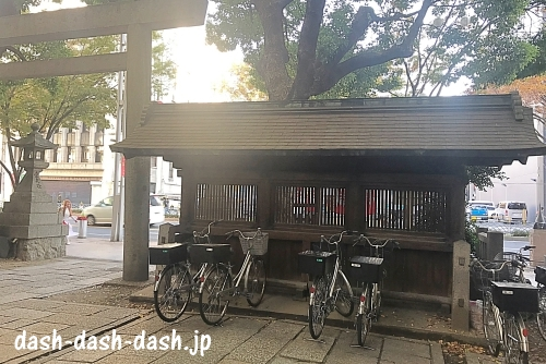 朝日神社不浄除け(透垣)