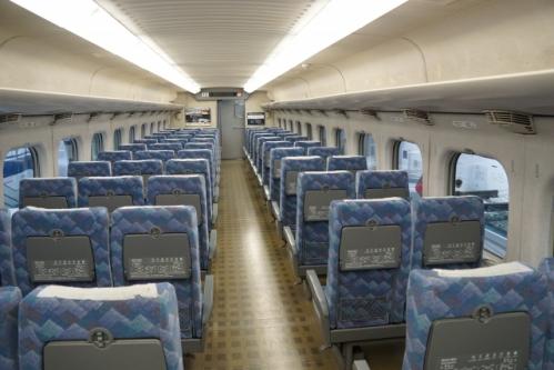 東海道新幹線の車内(座席)01