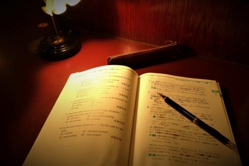夜の受験(試験・テスト)勉強