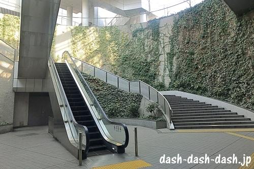 ナゴヤドーム前矢田駅からナゴヤドームの行き方01
