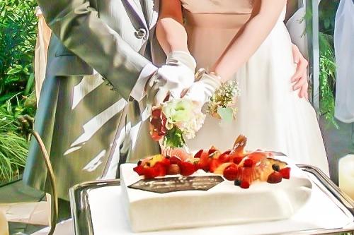 ウエディングケーキ(結婚式ケーキ入刀)