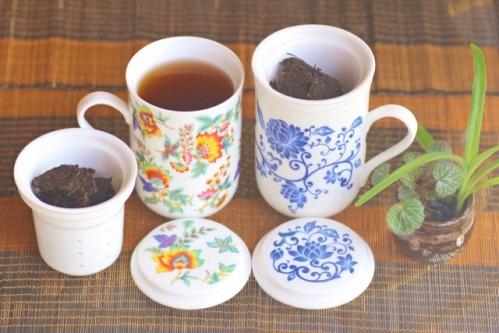 茶器とプーアル茶