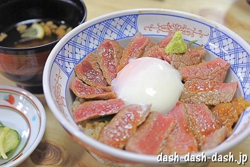 あか牛丼(熊本いまきん食堂)