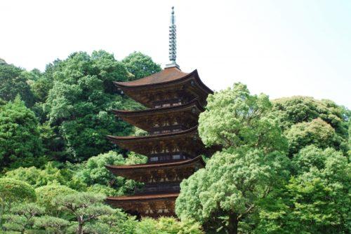 瑠璃光寺五重塔(国宝・山口県山口市)