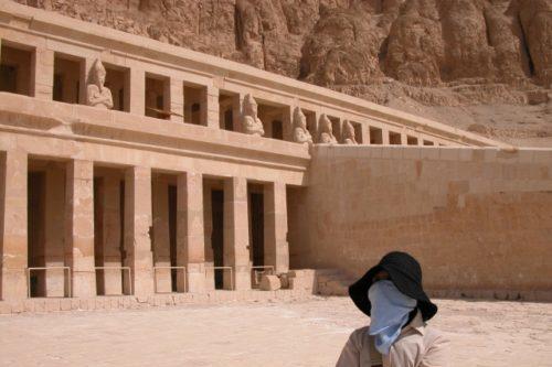 ルクソールのハトシェプト神殿(エジプト・ルクソル)