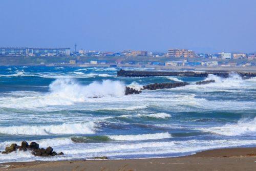 日本海の荒波(留萌市)