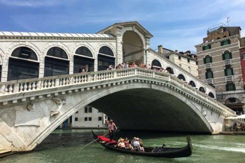 リアルト橋(イタリアヴェネツィア)