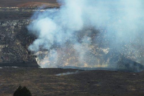 ハワイ島キラウエア火山火口(プナ地区)